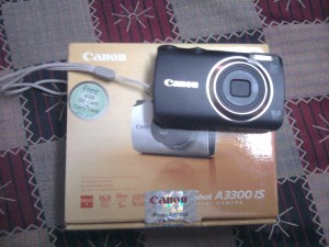 Canon A3300 with box