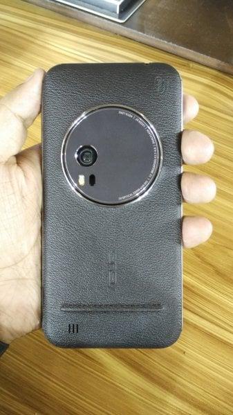Zenfone Zoom back