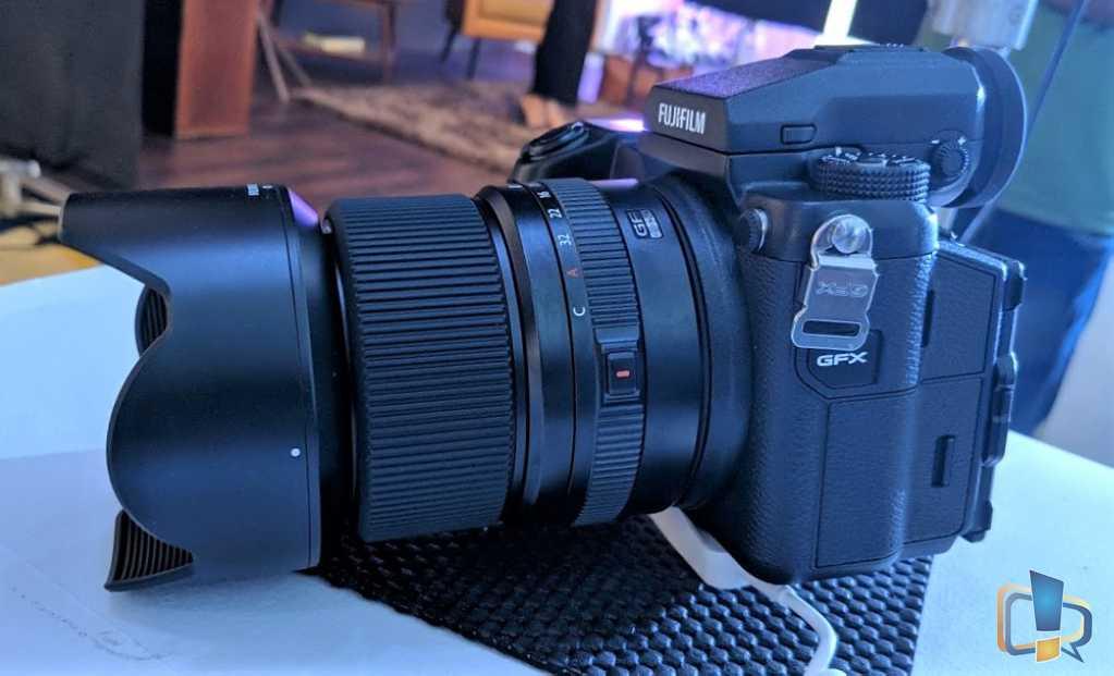 Fujifilm GFX50s Left View